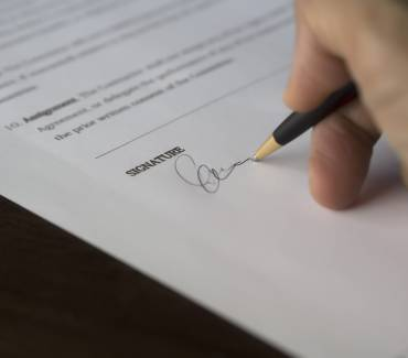 6 Pitfalls of Writing Only A Will